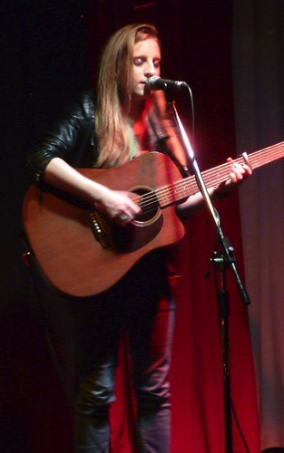 Kristy Gallacher Kontra Roots Club 10/4/15